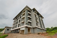 OYO Home 62457 Kamat Homestay 2bHK