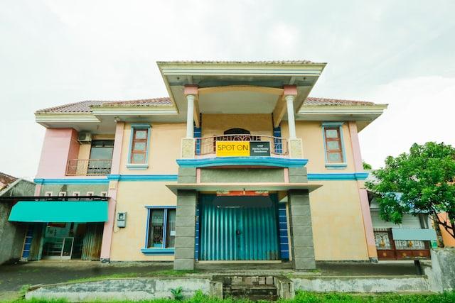 OYO 1797 Narita Family Residence Syariah