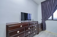 OYO Home 89528 Beautiful 1br Icon City