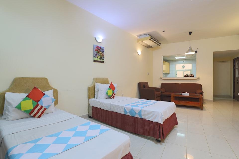 OYO Home 337 Premium Studio Al Raein