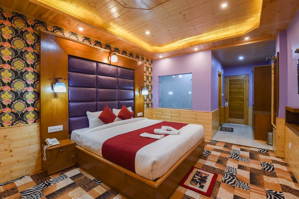 Capital O Jannat Resort, Kanyal Road, Manali