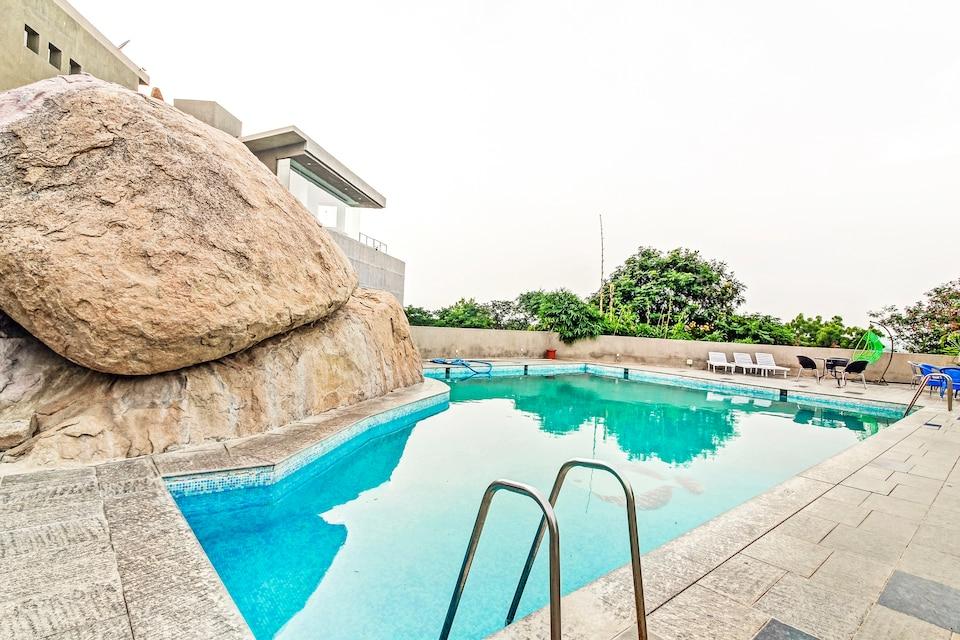 Palette - Honey Berg Resort