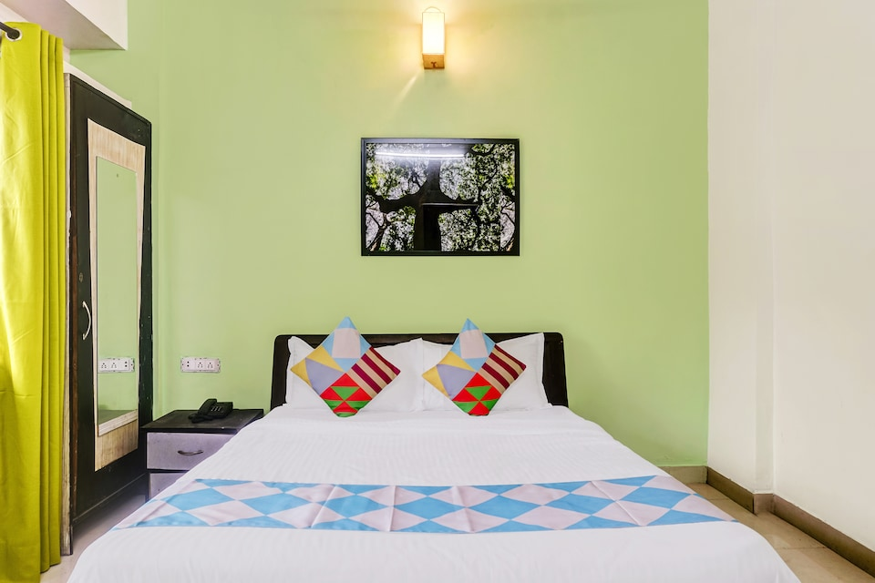OYO Home 62523 Vibrant Stay Koregaon Park