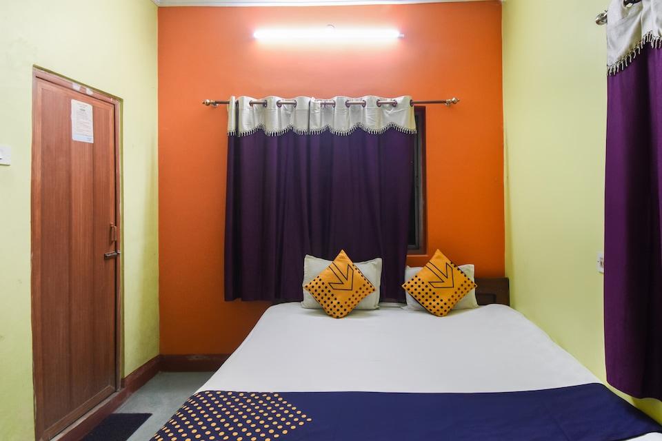 SPOT ON 62535 Abhishek Lodge