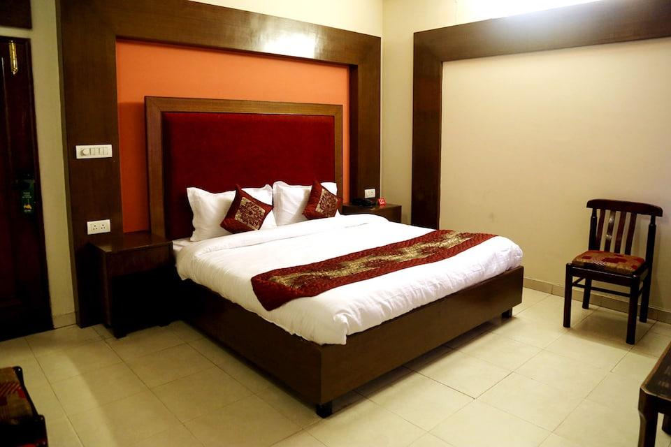 OYO 5062 Hotel Ranvir Classic