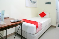 OYO 442 Ipark Hotel