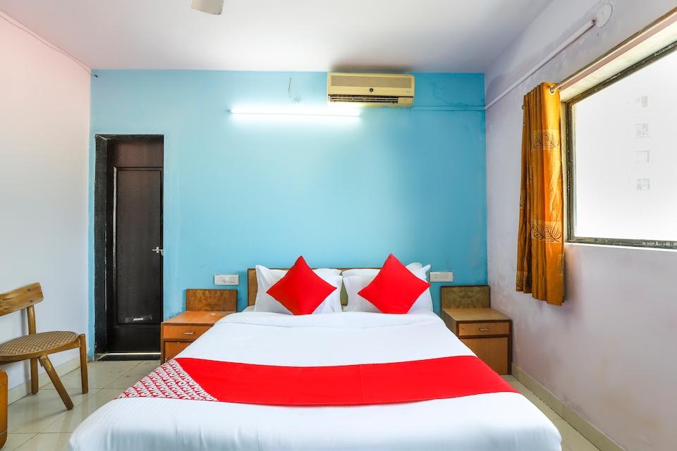 OYO 62635 Hotel Meghavi