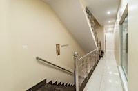 Collection O 50141 Gk Residency
