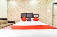 OYO 62654 Raj Palace