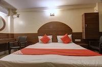OYO 62665 Poorna Lodge