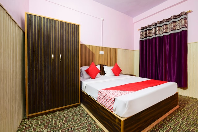 OYO 62669 Rajkamal Guest House