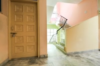 Oyo Flagship 62681 Hotel Deep Residency