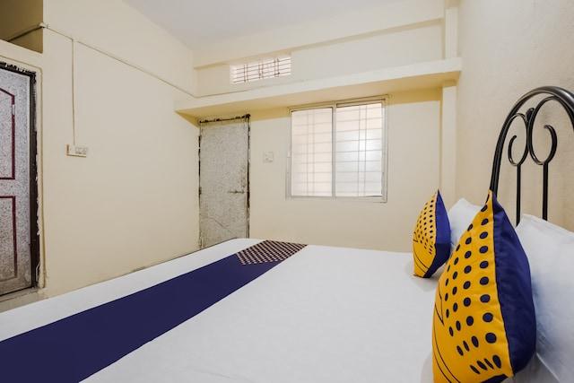 SPOT ON 62682 Siddhi Vinayak Palace 1