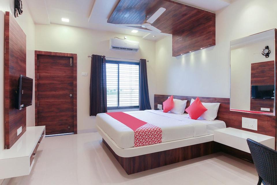 OYO 62750 Shubhkirti Lawns And Resort