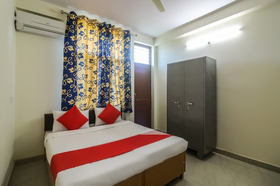 OYO 62763 Prakriti Home Stays