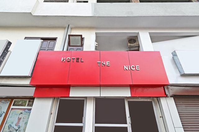 OYO 62765 Hotel The Nice Saver