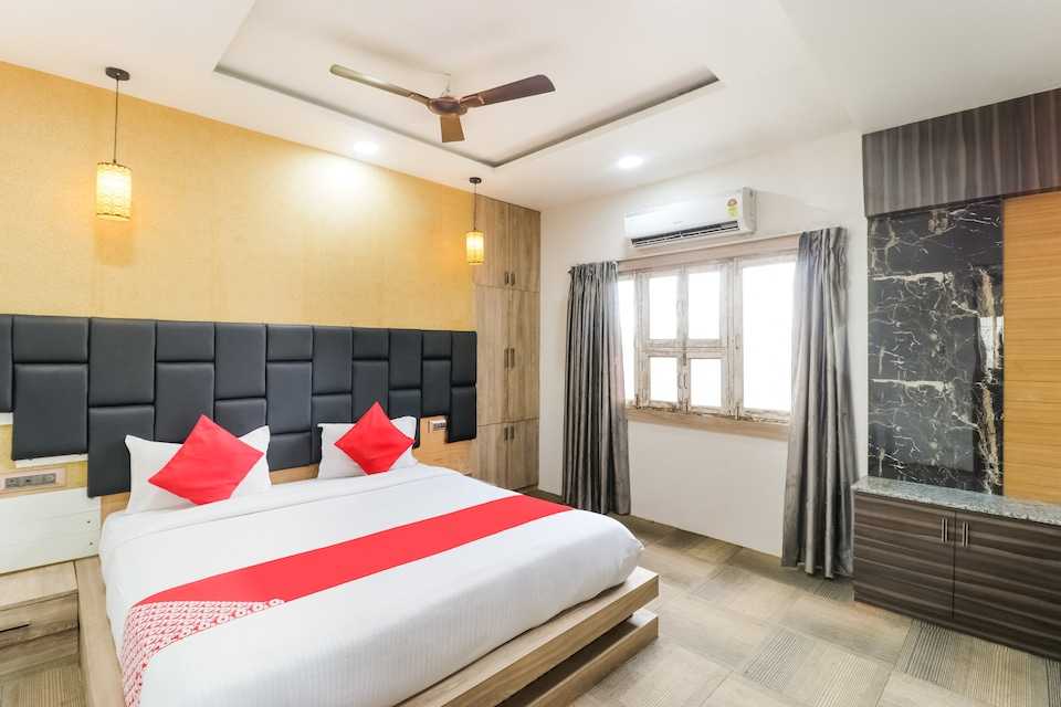 OYO 62811 The Kashi Iconic Guest House