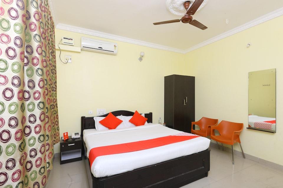 OYO 5083 Reva Guest House