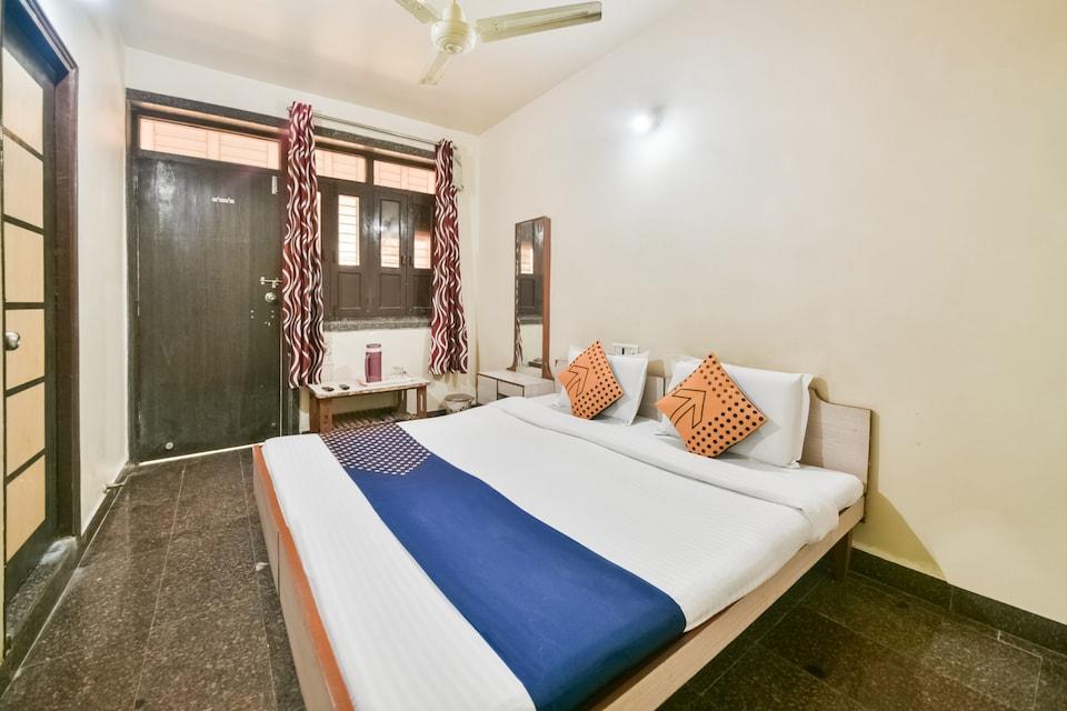 SPOT ON 62869 Sanjay Guest House