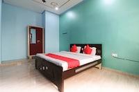 OYO 62872 Hotel Siddhi Vinayak Palace