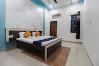 SPOT ON 62879 Blue Light Hotel By Grj Group SPOT