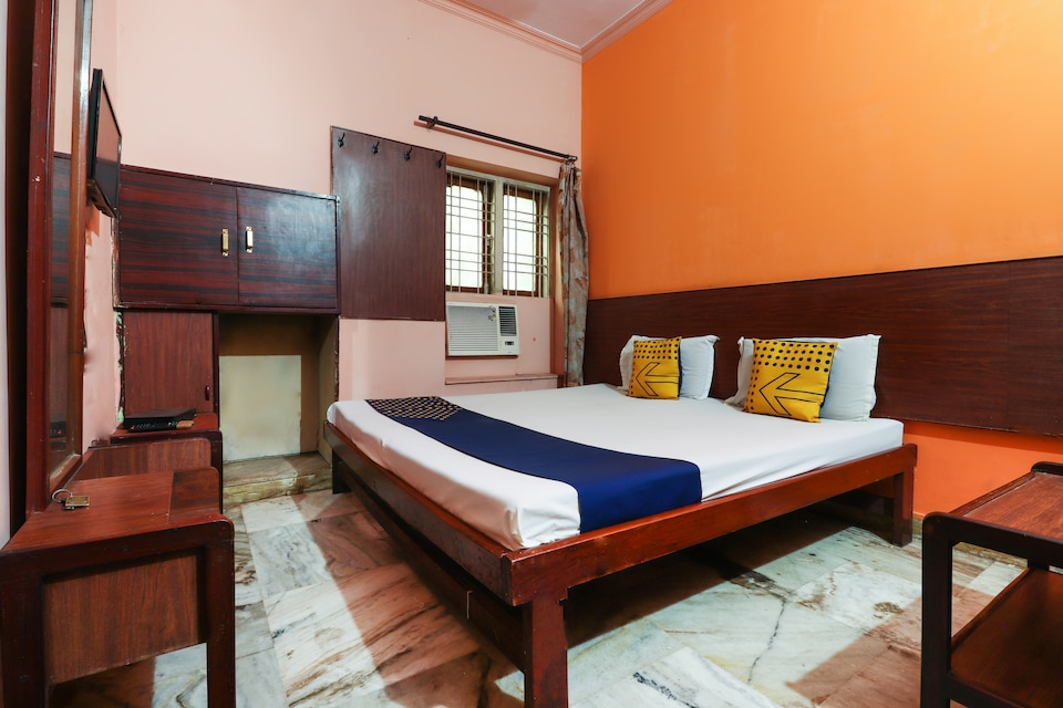 SPOT ON 62933 Jaiswal Guest House , Aliganj Lucknow, Lucknow