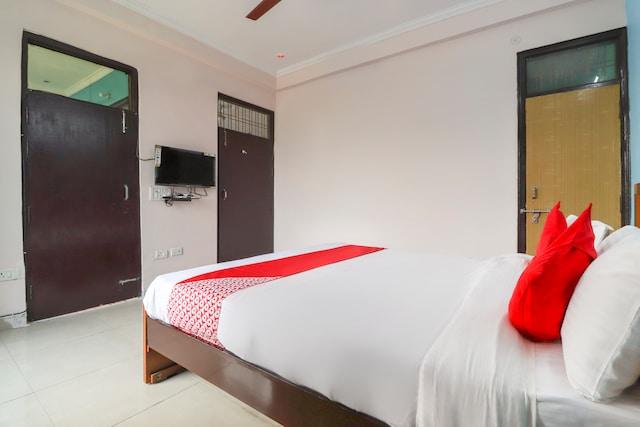 OYO 62940 Orbit Palace Suite