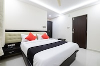Capital O 62949 Regal Suites
