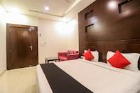 Capital O 62985 Hotel Nirmal Residency Deluxe