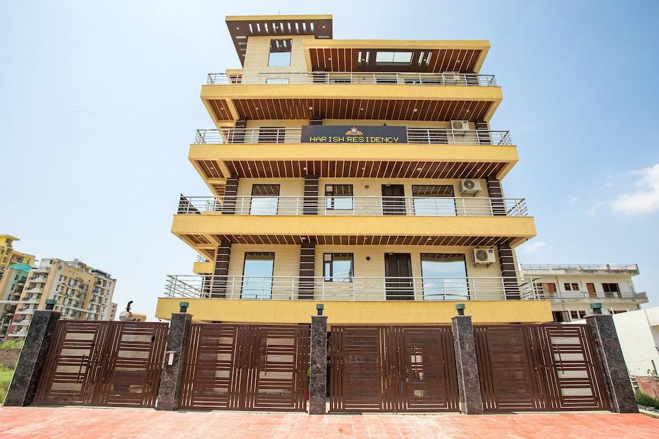 Capital O 62990 Harish Residency