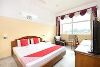 Capital O 821 Sarao Hotel