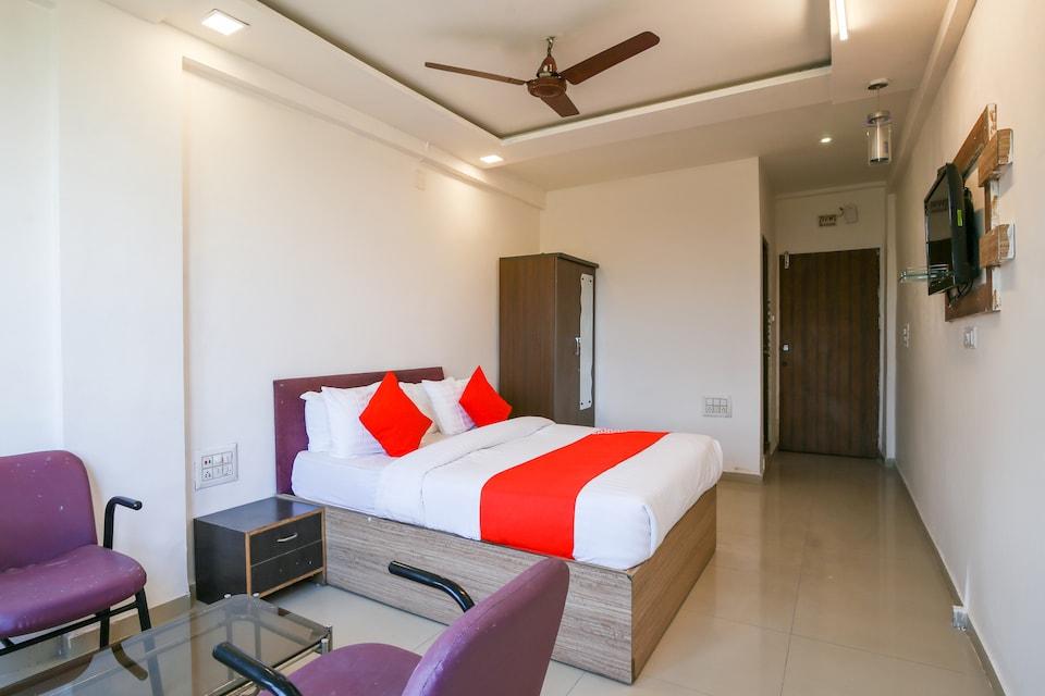 OYO 63026 Neelkanth Palace