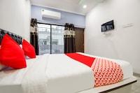 OYO 63032 Mariyam Service Apartments