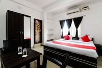 OYO 63138 Smile Guest House Deluxe