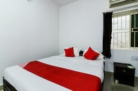 OYO 63138 Smile Guest House Suite