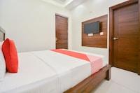 OYO 63140 Gm Residency