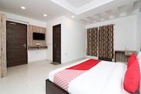 OYO 63150 Amazing House