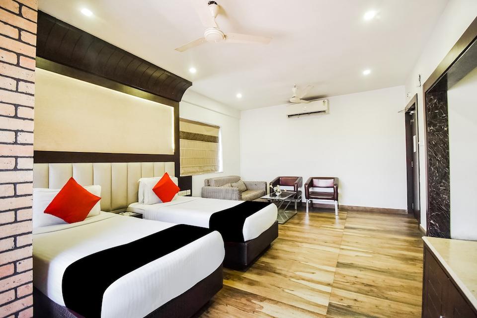Capital O 63212 Hotel Ivory