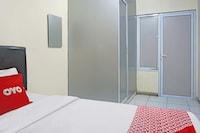 OYO 1868 J&b Room Pramuka
