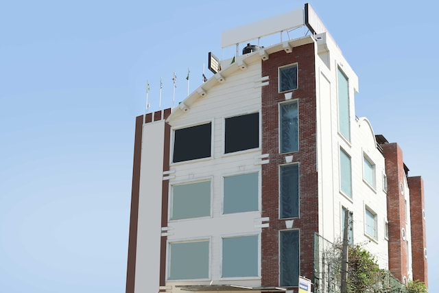 OYO Rooms 154 Phase 5 Industrial Area