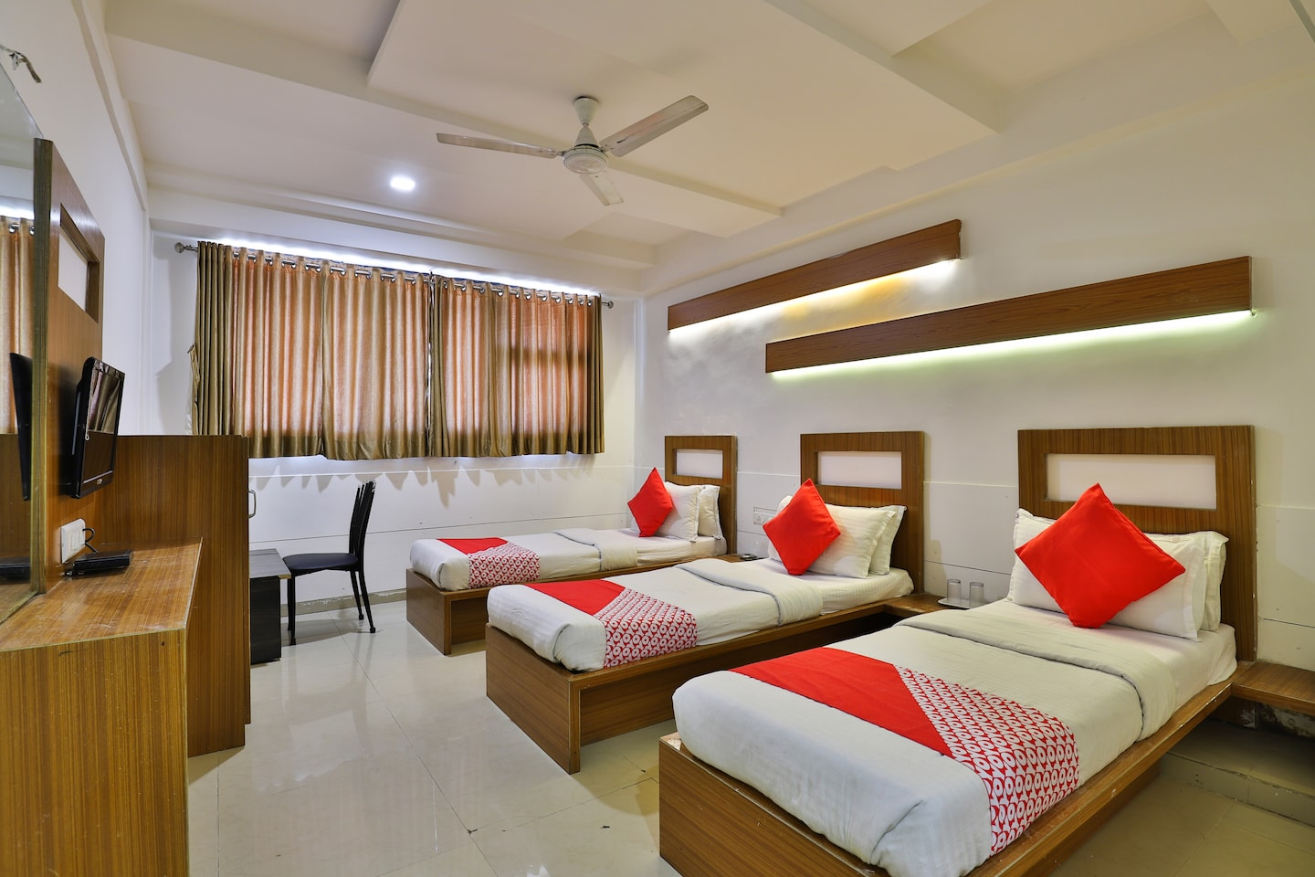 OYO 5122 Hotel Midway Residency -1