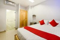 OYO 471 White 1 Hotel