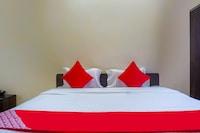 OYO 63323 Hotel Galaxy Inn