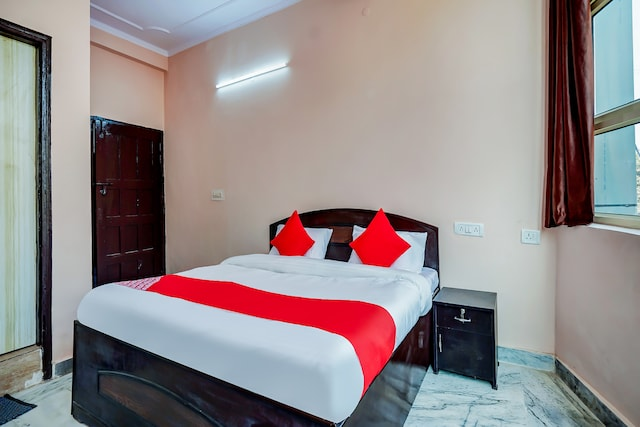 OYO 63361 Hotel Akash Green Field