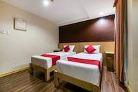 OYO 456 Festive Hotel