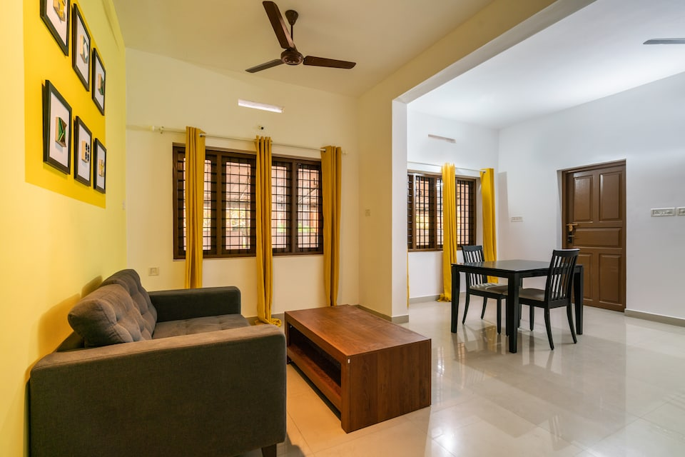 OYO Home 63415 Elegant Mecheril Annexue 2bhk