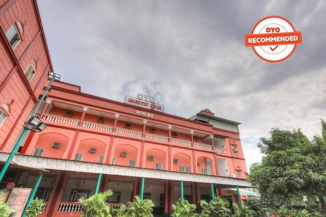 OYO Flagship 63493 Kamla Kunj Rajendra Nagar
