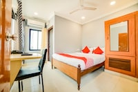 OYO 63506 Dhana Sri Residency