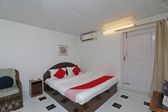 OYO 5151 Home Stay Tia Inn
