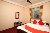 OYO 651 Siddha Baba Guest House